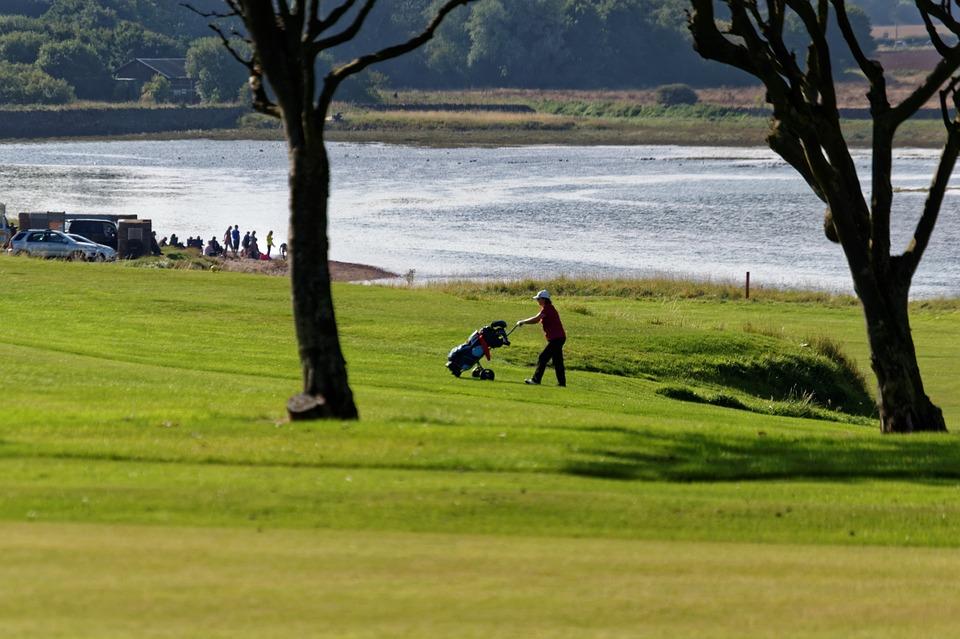 golf-course-965927_960_720